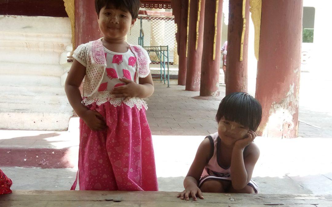 Bambini Birmania